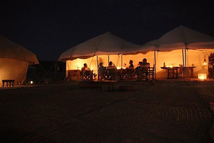 diner ou déjeuner dans le désert marrakech agafay