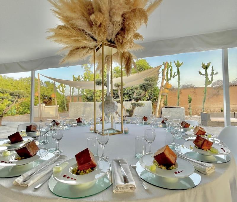 location d'une maison à Marrakech pour des desserts en forme de cubes