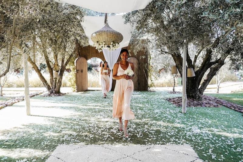 Allée oliviers mariage bohème marrakech