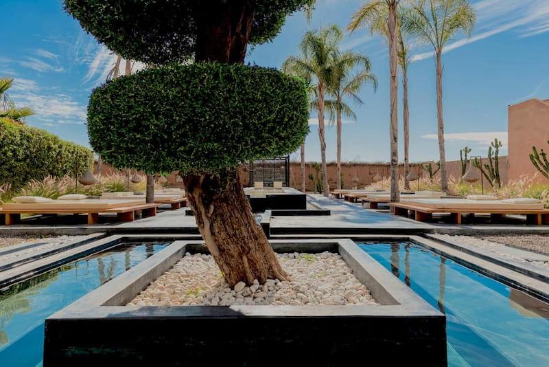 Location d'une villa avec jacuzzi dans un jardin à Marrakech