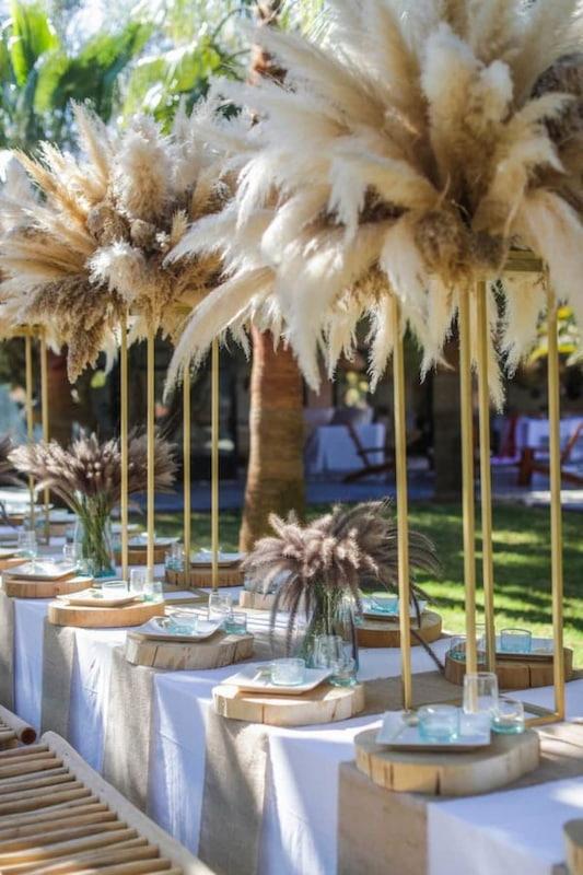 table dressée pour un repas de la cuisinière de la Villa Taj Marrakech